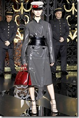 Louis Vuitton Ready-To-Wear Fall 2011 6