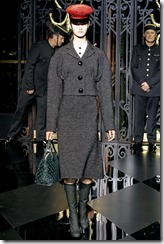 Louis Vuitton Ready-To-Wear Fall 2011 20