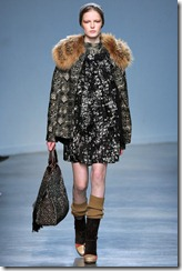 Vanessa Bruno Ready-To-Wear Fall 2011 Runway Photo 31