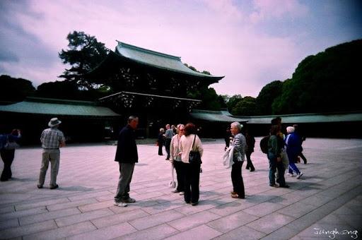 明治神宮裡的遊客