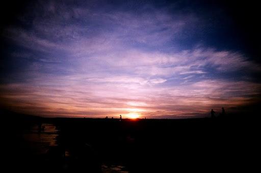山水沙灘的夕陽