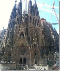 Sagrada Familia tall
