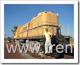 el autor del sitio junto a la Locomotora N9401, modelo RSC3, Construida en 1951 por la Montreal Locomotive Works ( M.L.W.) bajo licencia de American Locomotives Company ( ALCO ).