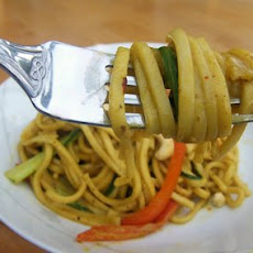 Peanutty Vegetable Noodles