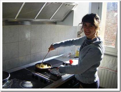 Enseñar-a-tus-hijos-a-Cocinar-para-Ahorrar-Dinero-en-Comida