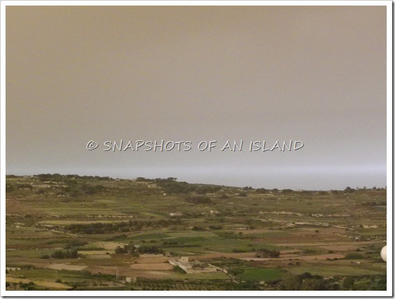Sandstorm (1)