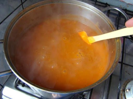 Molho de tomate do Hassin - Página 5 10-come%C3%A7ando%20a%20ferver