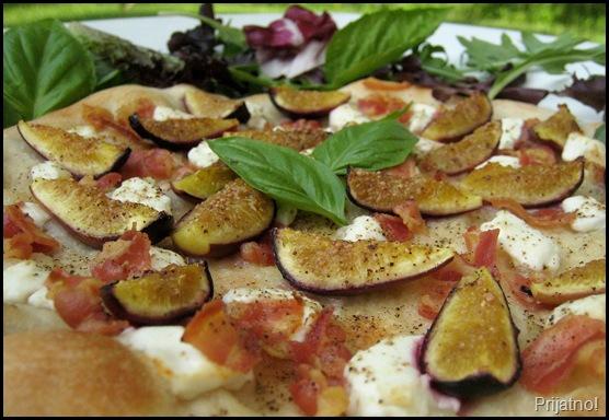 pizza 004-crop v1