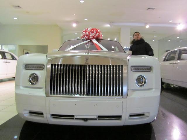 2009 Rolls-Royce Phantom Coupe за $450 000 (ориентировочно)