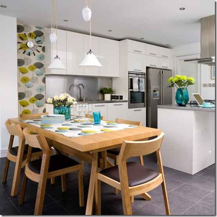 kitchen_wallpaper_ideas_accent_colours_with_wallpaper