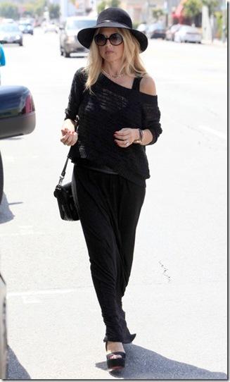 Rachel Zoe Out Shopping Alexander McQueen BDP49d6JeFTl