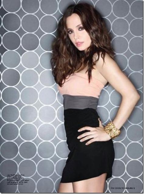 Eliza-Dushku-Ocean-Magazine-January-2010-3