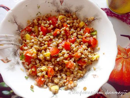 Ультимативний салат з гречкою