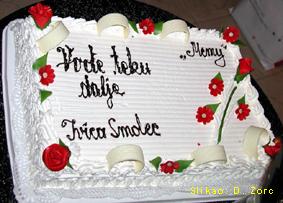 """Velika torta - poklon slastičarnice """"Memy"""" iz Velike Gorice za promociju nagrađenog romana"""