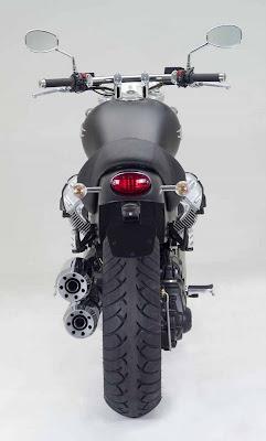 Moto Guzzi 940 Custom