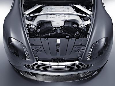 Aston Martin V12 Vantage 2010 - 5