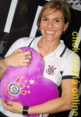 Andréia, proprietária da Poderoso Timão (Crédito: Fábio Alexandre)