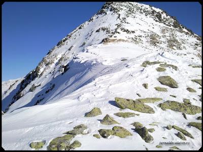 Varful Bucura II (2370 m ) sau Vf Custura Bucurei
