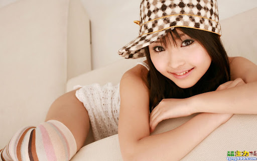 Yoshiko Suenaga Hot and Cute