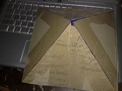 Piramida din carton