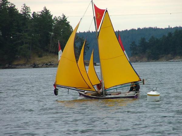 сделать маленькую парусную лодку