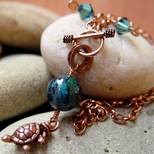 THALIA copper turtle charm necklace