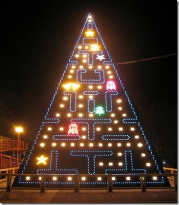 pac-man-christmas-tree