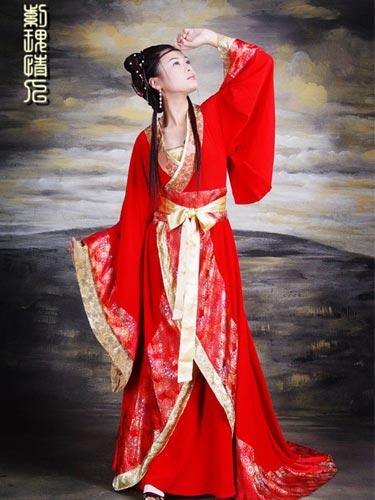 Голая европейка в китайском халатике фото 639-982