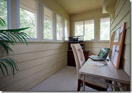 7 Reservoir Heights_sunroom
