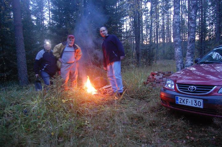 camp_fire2.jpg