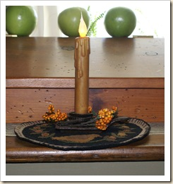 candle mat with cast iron candle holder ring side