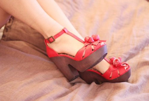 red_shoes2