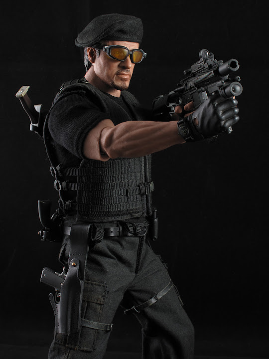 "HOTTOYS (figurine 12"" THE EXPENDABLES) - Page 5 ROSS%20026"