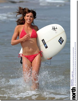Hot-Surfer-Chicks-23