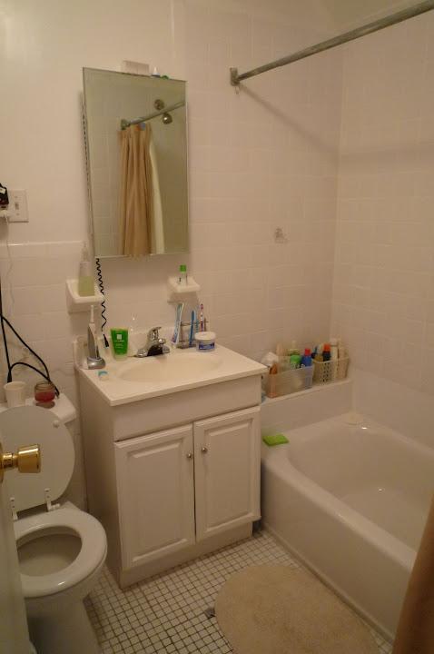 算是很白的廁所