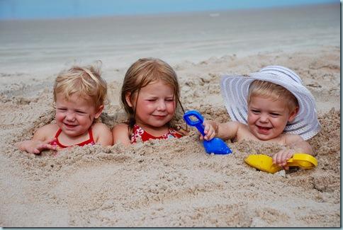 2008-07-31 Beach fun 155