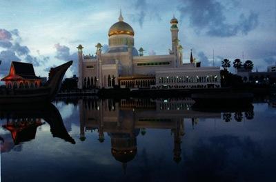 brunei_omar_ali_suffudian_mosque