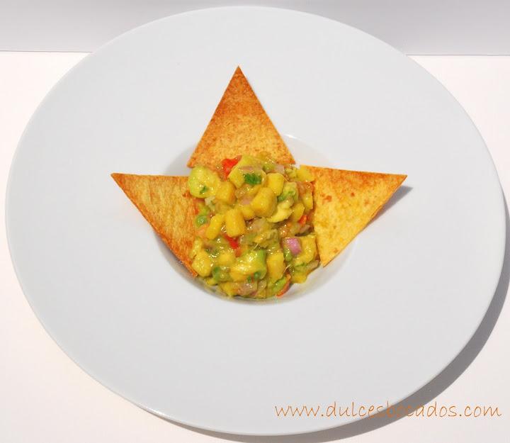 guaalome de mango con totopos