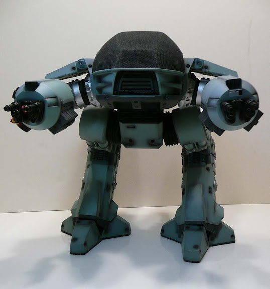 hot toys ed-209