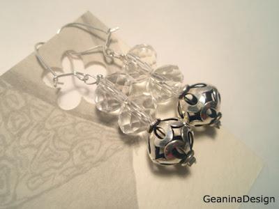 Cercei din cristale Swarovski cu detalii din argint.