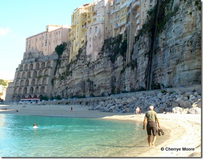 Beach_at_Tropea