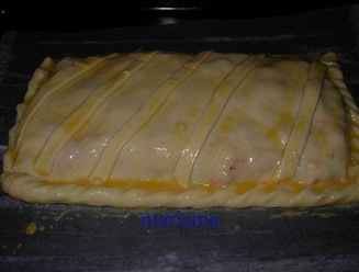 empanada de bonito en bandeja horno con huevo