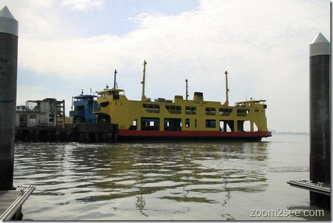 Penang Ferry - Penang's top 12 most popular attractions by zoom2see.com