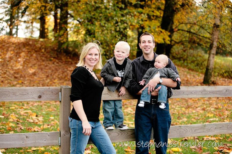 LyndenFamilyPhotographerF10-31-09Zylstra-112