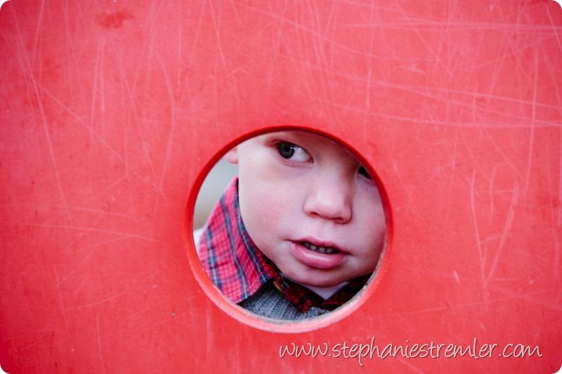 BellinghamFamilyPhotographer11-21-09Mikey-105