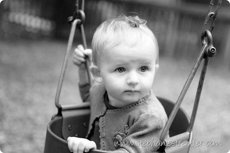 LyndenBabyPhotographerB5-27-10Madelyn-105