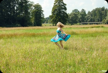 Dancing_Puszek_by_curseddestiny