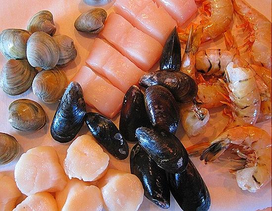 Clams, Mussels, Halibut, Scallops & Shrimp