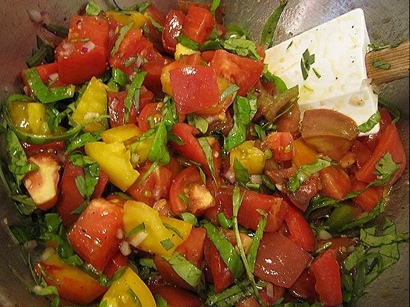 Sliced Tomatoes & Herbs