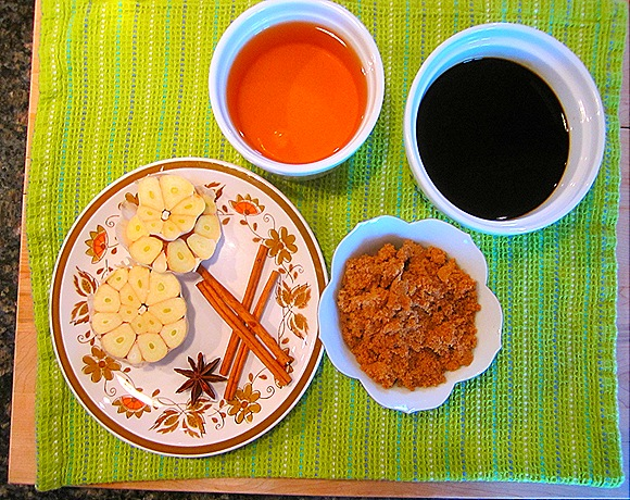Chinese Rice Wine, Soy Sauce, Dark Brown Sugar, Cinnamon, Star Anise, Garlic